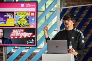 Kristian Costa-Zahn (Banijay LAB) gibt einen Workshop beim Creator Day